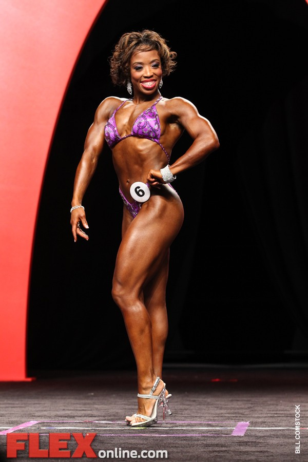 Nicole Duncan - Women's Fitness - 2011 Olympia