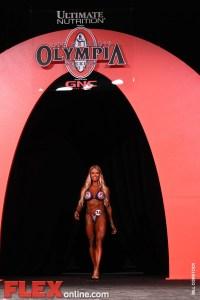Larissa Reis - Women's Figure - 2011 Olympia