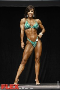 2012 Toronto Pro - Women's Figure - Catherine Holland