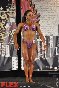Jennifer Robinson - Womens Physique - 2012 Chicago Pro