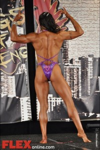 Jennifer Robinson - Womens Physique - 2012 Chicago Pro