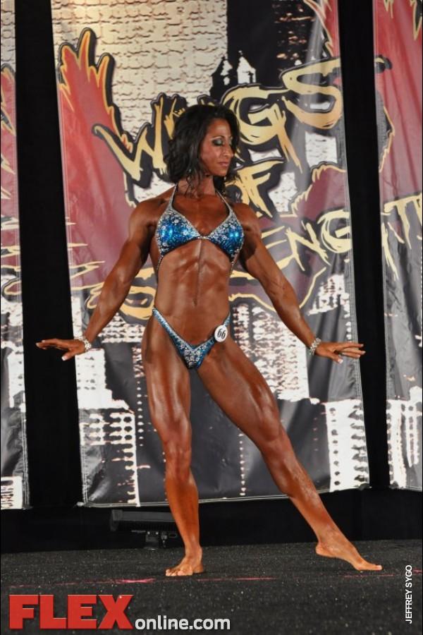 Melissa DiBernardo - Womens Physique - 2012 Chicago Pro