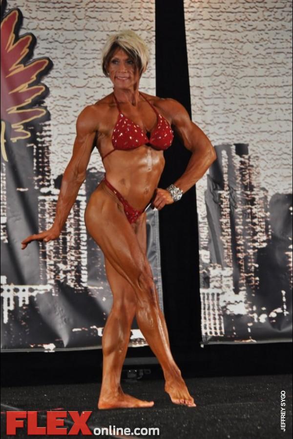 Carri Baldwin - Womens Physique - 2012 Chicago Pro