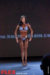 Michelle Battista - Womens Figure - 2011 St. Louis Pro