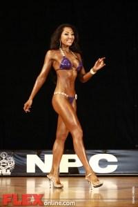 Natalie Pennington - Womens Bikini - Pittsburgh Pro 2011