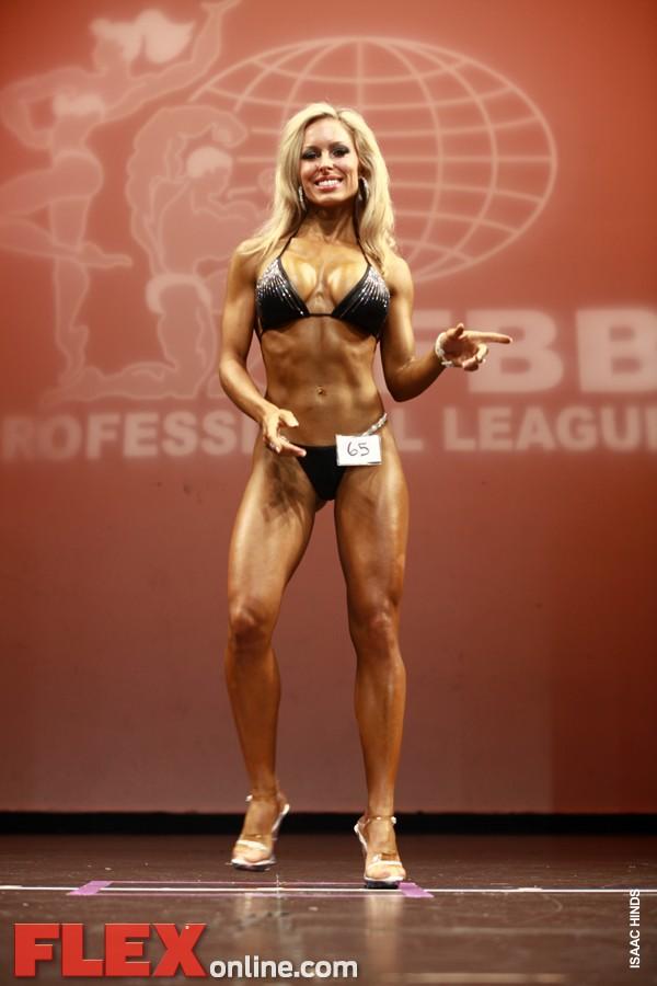 Kristy Robbins - Womens Bikini - New York Pro 2011