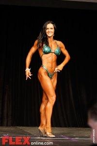 Magdalena Wilk - Womens Figure - Toronto Pro 2011