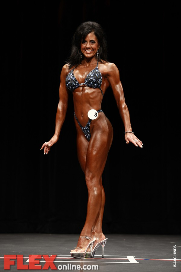 Natalie Calland - Womens Figure - Phoenix Pro 2011