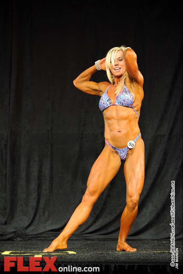 Sheila Mettler - Womens Physique B 35+ - Teen, Collegiate and Masters 2012