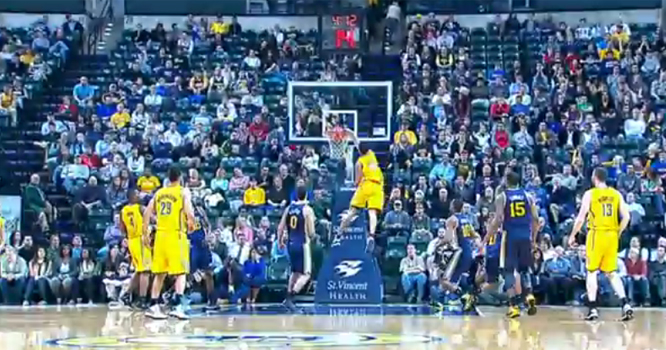 Gerald Green Delivers a Dunk for the Holidays