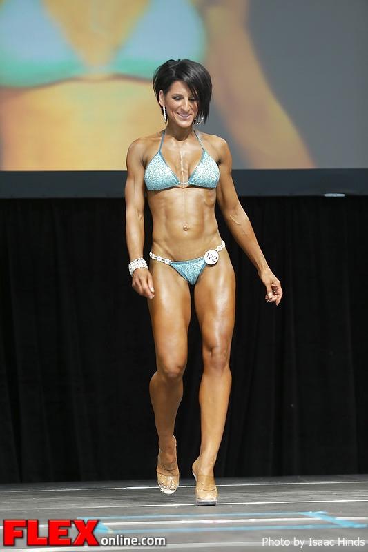 Nina Luchka - Bikini - 2013 Toronto Pro