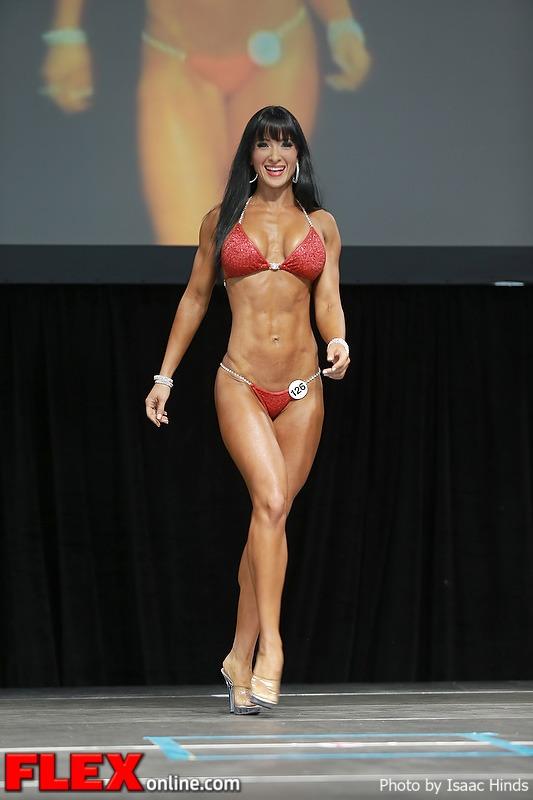 Simone Sinclaire - Bikini - 2013 Toronto Pro