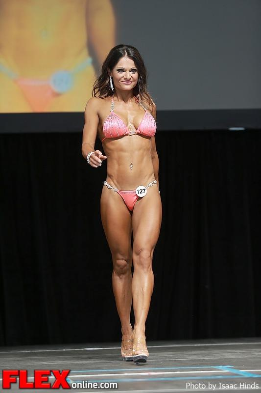 Anna Lee Van Hatten - Bikini - 2013 Toronto Pro