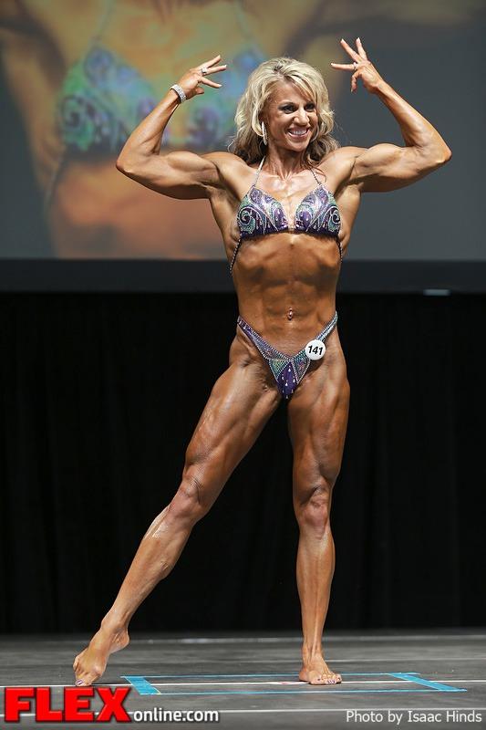 Jen Louwagie - Women's Physique - 2013 Toronto Pro