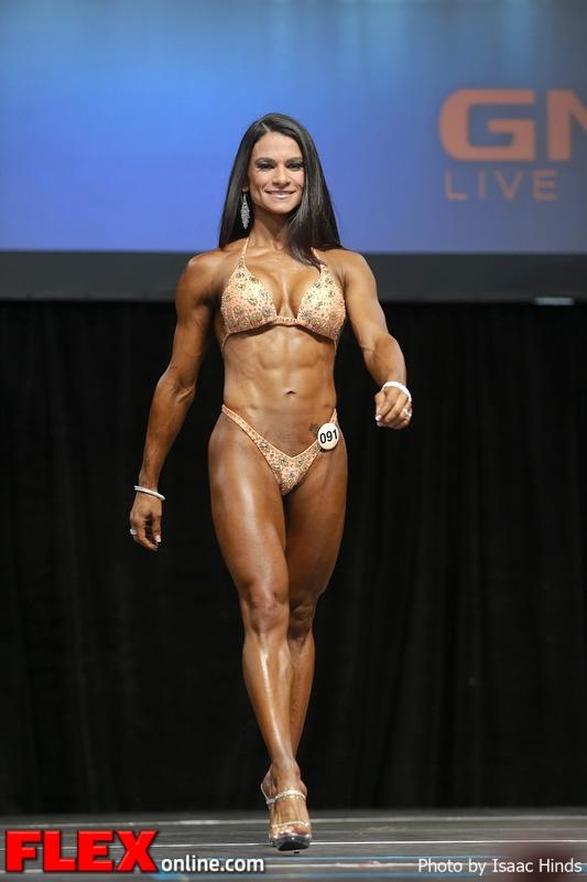 Magela Camronero - Figure - 2013 Toronto Pro