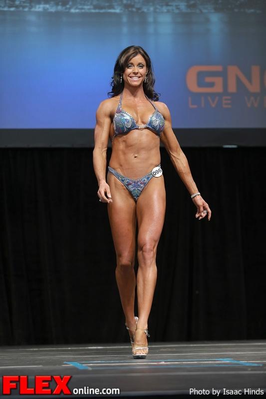 Melanie Gardner - Figure - 2013 Toronto Pro