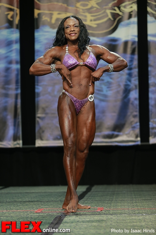 Leonie Rose - Women's Physique - 2013 Chicago Pro