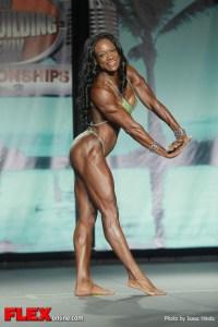 Leonie Rose - 2013 Tampa Pro - Physique