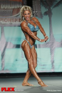Ida Sefland - 2013 Tampa Pro - Physique