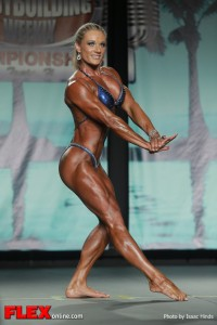 Joele Smith - 2013 Tampa Pro - Physique