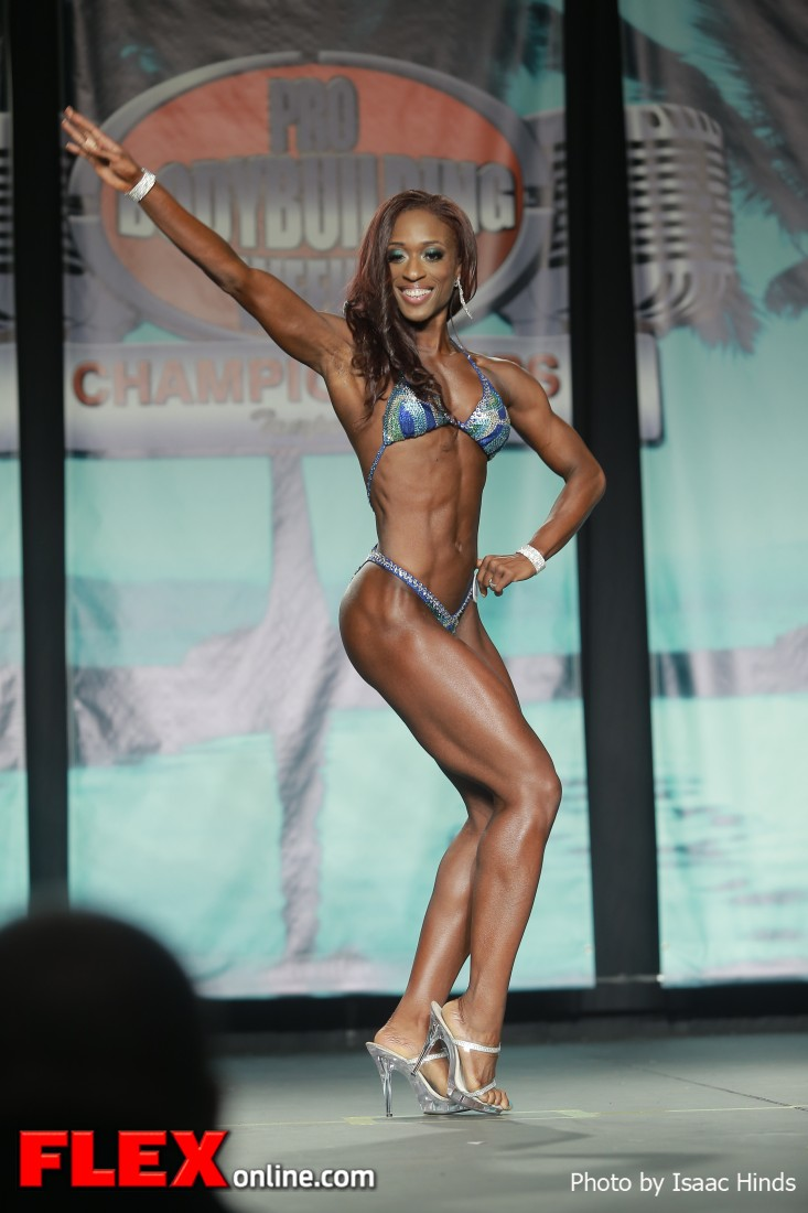 Chaya Boone - 2013 Tampa Pro - Figure