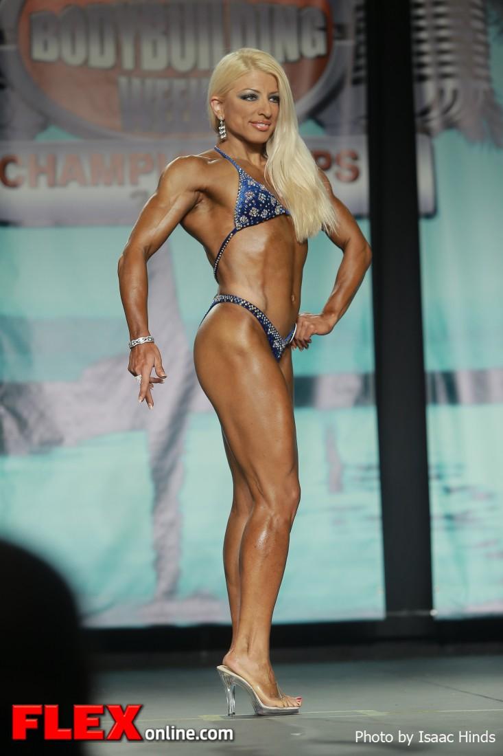 Eleni Kritikopoulou - 2013 Tampa Pro - Figure