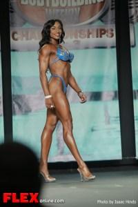 Kamla Macko - 2013 Tampa Pro - Figure