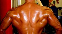 Quick Tip: Pose for Wider Lats