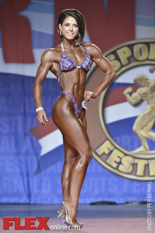 Alicia Coates - Figure International - 2014 Arnold Classic