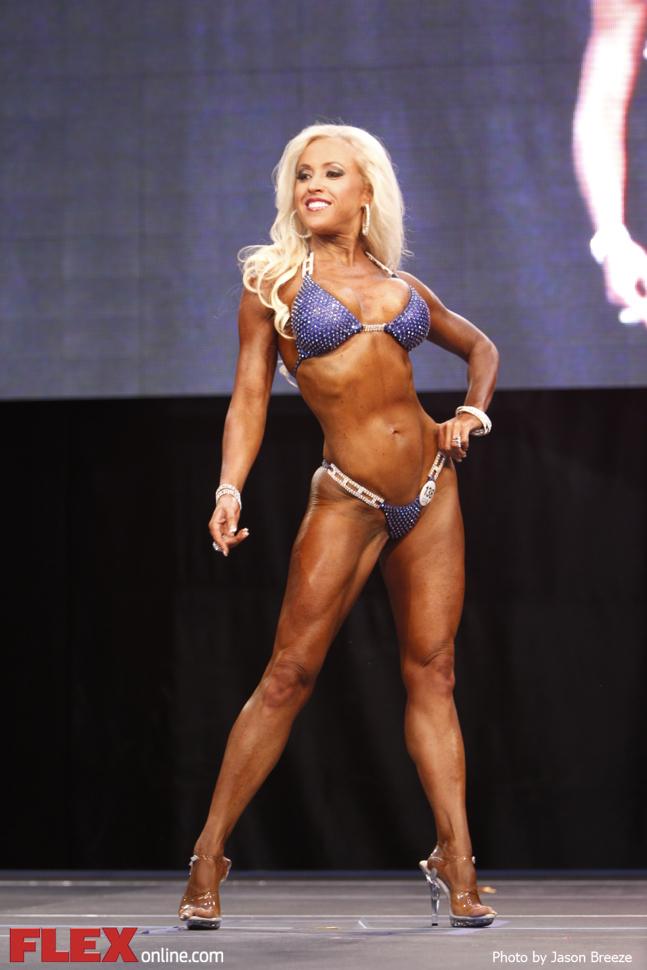 Becky Clawson - Bikini - 2014 Toronto Pro