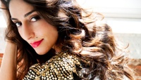 Fit for Her: Sexy Actress Necar Zadegan Reveals Her Ultimate Turn-Ons and Dealbreakers