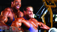 Jay Cutler and Günter Schlierkamp Hit the Trenches for a Legendary Training Session