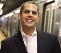 5 Pick-Up Tips from a Guy Who Has Gotten 500 Dates Riding the Subway