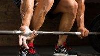 hands-grip-deadlift-chalk-workout-tips
