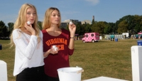 Cuties on Campus: 25 Hot Pictures of College Tailgating