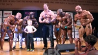 Guest Posing Showdown at the 2015 Pittsburgh Pro