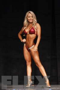 Evelyn Mihaly - 2015 IFBB Toronto Pro