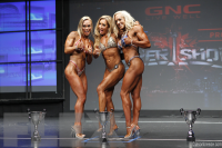 Fitness Final Comparisons & Awards - 2015 IFBB Toronto Pro