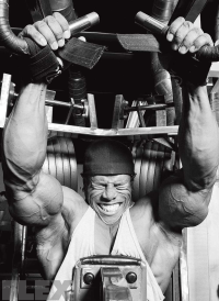 david-henry-lat-pulldowns