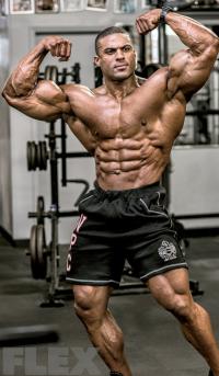 henri-front-double-biceps