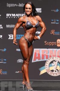 Myra Rogers - Figure - 2016 Arnold Classic Australia