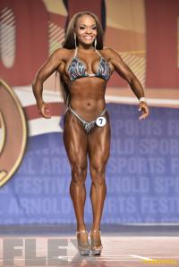 Andrea Calhoun - Figure International - 2016 Arnold Classic