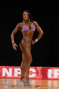 Maria Luisa Baeza Diaz - Figure - 2016 Pittsburgh Pro