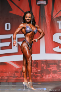 Laurelle Martineau - Figure - 2016 IFBB Toronto Pro Supershow