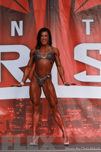 Kalli Youngstrom - Figure - 2016 IFBB Toronto Pro Supershow
