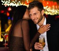 couple_flirting_bar_main