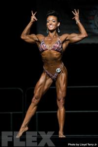 2016 IFBB Vancouver Pro: Women's Physique - Jodi Boam