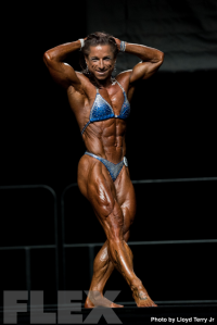 2016 IFBB Vancouver Pro: Women's Physique - Branka Njegovec