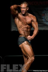 2016 IFBB Vancouver Pro: Classic Physique - Matt Pattison