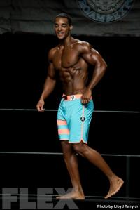 2016 IFBB Vancouver Pro: Men's Physique - Charlie Francis